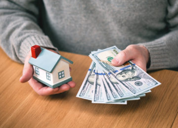 Selling Your Home to a Cash Buyer vs. A Real Estate Agent